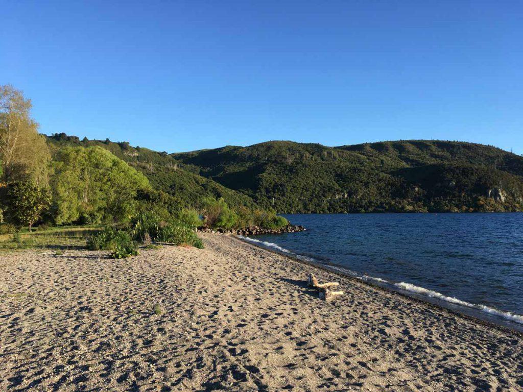 Kinloch Beach