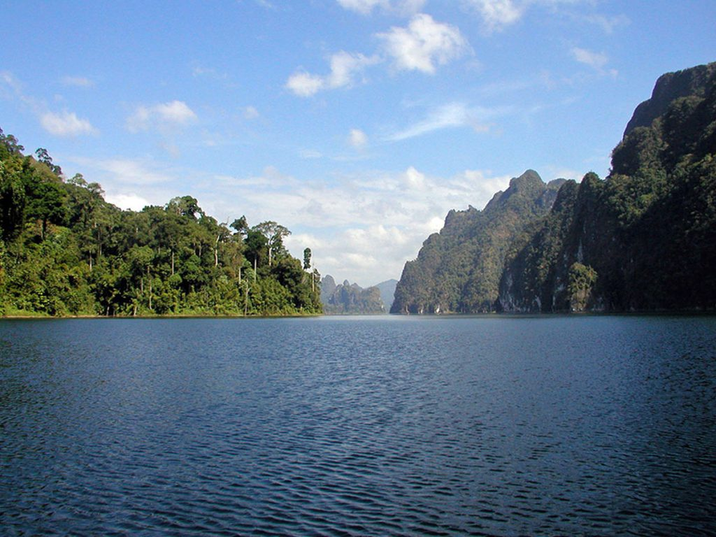 Awesome Cheow Larn Lake Khao Sok Thailand