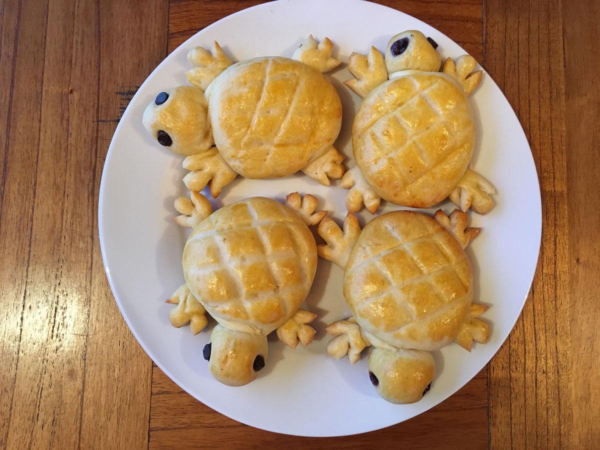 swiss bread animals